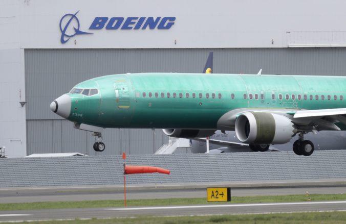Pozastavili daňové úľavy pre Boeing, pokiaľ sa USA a Európska únia nedohodnú