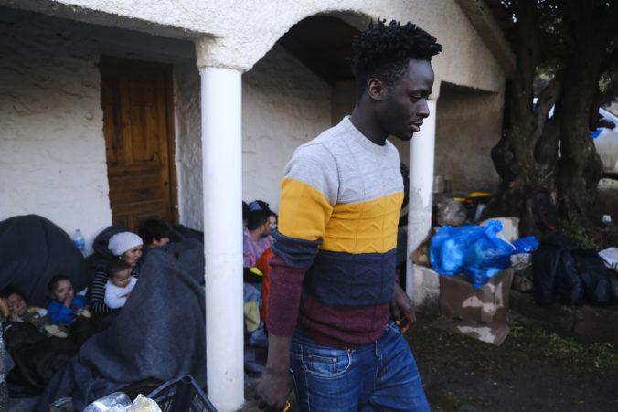 Požiar v utečeneckom centre zničil sklad, ide už o druhý požiar v zariadení pre migrantov