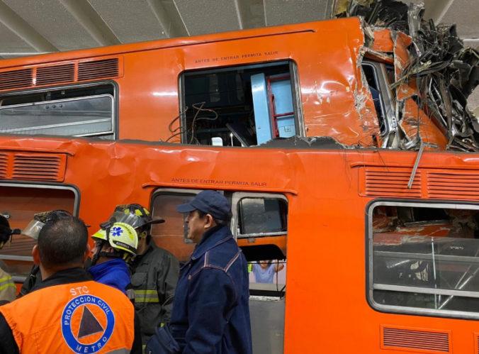 V Mexiku sa zrazili dve súpravy metra, pri nehode zahynul jeden človek a desiatky sa zranili