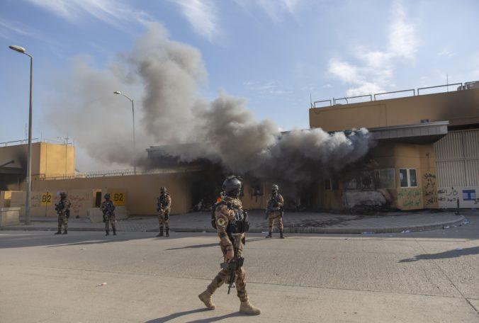 Základňu Tádží zasiahla raketa, zahynuli traja vojaci a ďalší sú zranení