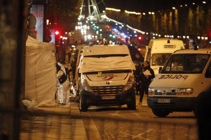 Pri útokoch v Paríži zahynulo v roku 2015 až 130 osôb, dvadsiatka obvinených sa postaví pred súd