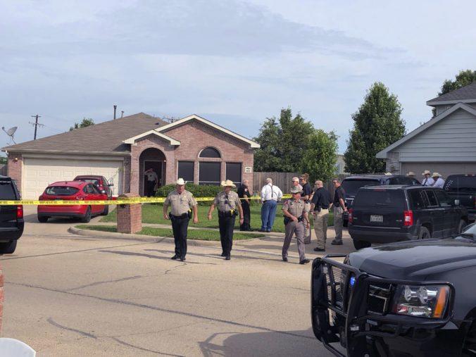 V dome našli postrelené trojročné dievča, v nemocnici svojim zraneniam podľahlo
