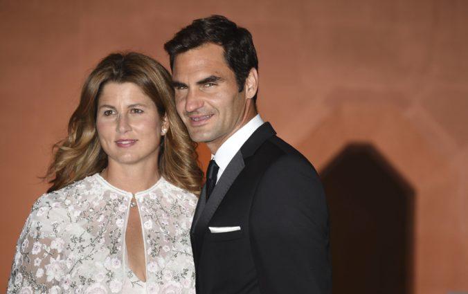 Federer a jeho manželka zo Slovenska štedro pomohli rodinám v núdzi, ktoré ovplyvnil koronavírus