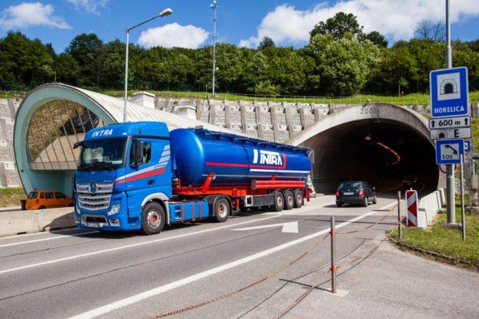 Tunel Horelica čaká trojtýždňová uzávierka, polícia zverejnila obchádzkové trasy