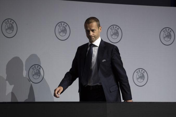 Šéf UEFA verí, že sa dohrajú národné ligové súťaže aj Liga majstrov a Európska liga