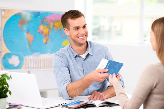 Štát ide zachraňovať cestovné kancelárie a ich klientov, vláda čoskoro predstaví opatrenia