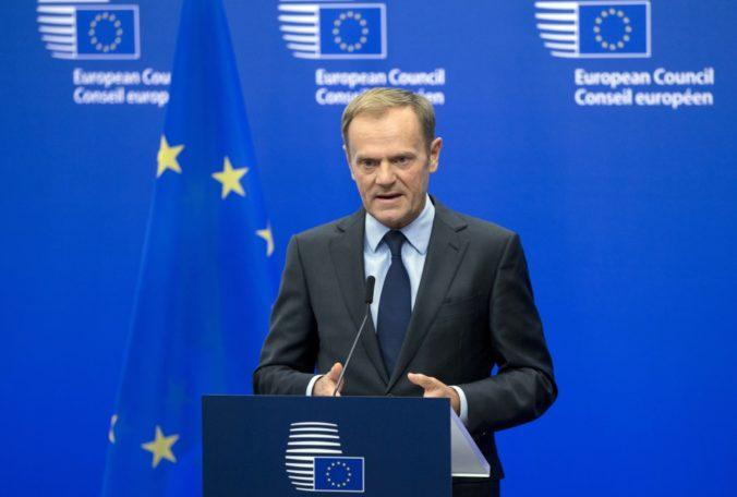 Donald Tusk vyzval na bojkot prezidentských volieb v Poľsku, prinášajú riziko