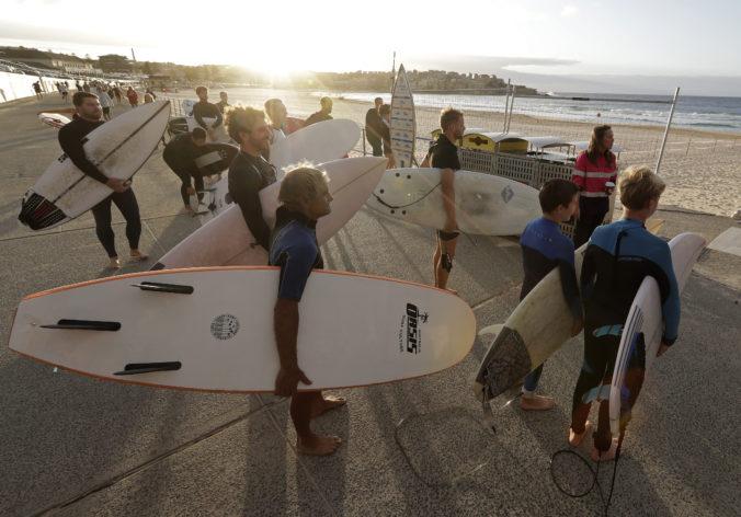 V Sydney otvorili slávnu Bondi Beach, návštevníci musia rátať s obmedzeniami