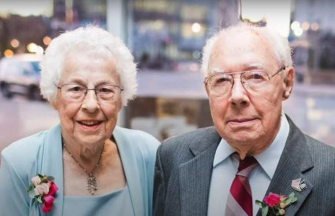 Manželia prežili spolu 73 rokov a zomreli na Covid-19, pred smrťou si stihli vyznať lásku (video)