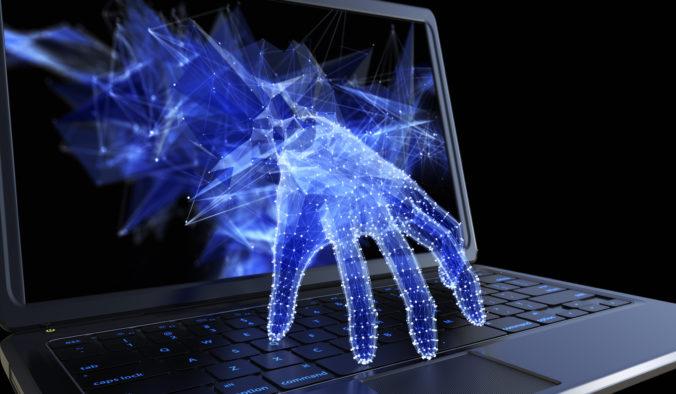 Filipínec, ktorí vytvoril najničivejší počítačový vírus I Love You, oľutoval svoj čin