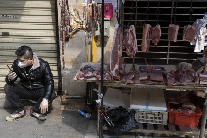 WHO neodporúča zatvoriť trhy so živými zvieratami, skôr zvýšiť hygienické štandardy