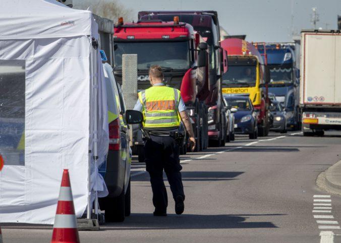 Nemecká vláda na Deň matiek uvoľnila prísny režim na hraniciach