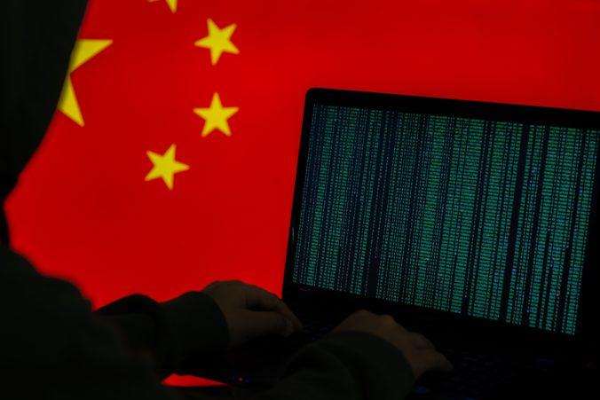 USA sa obáva kybernetických útokov zo strany Číny, vraj sa im snažia ukradnúť dáta z výskumu o Covid-19