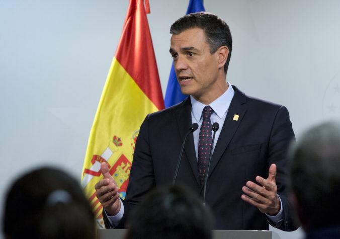 Španielsky premiér Sánchez chce predĺžiť núdzový stav o ďalší mesiac, návrh musí schváliť parlament