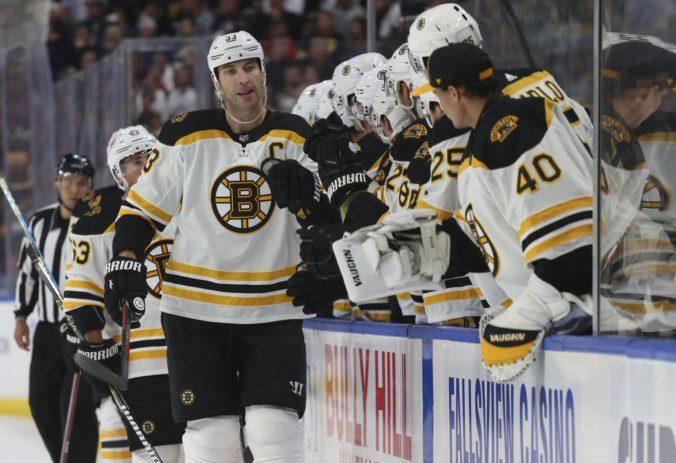 Chárov Boston sa stal po tretí raz víťazom základnej časti NHL, o Stanley Cup zabojuje aj Tatarov Montreal