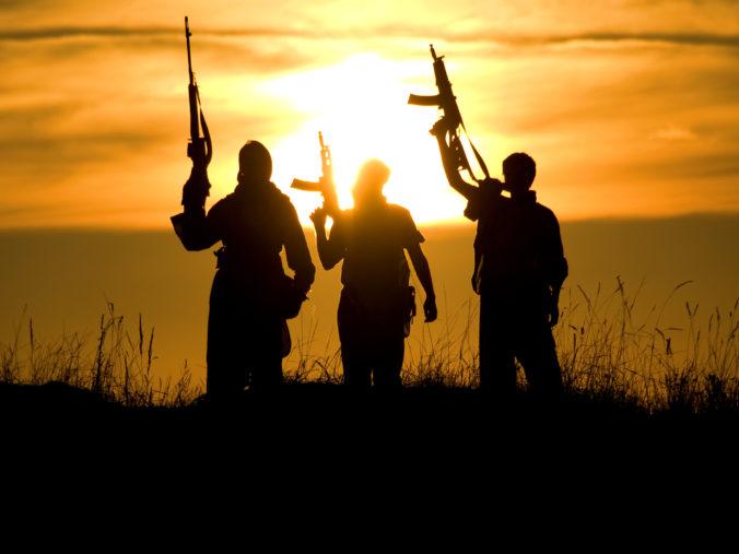Osem humanitárnych pracovníkov uniesli a zabili ozbrojenci, WHO vraždy označila za barbarské a ohavné
