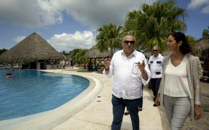 Ministerka turizmu odkázala Britom, že na dovolenku v Španielsku môžu zatiaľ zabudnúť