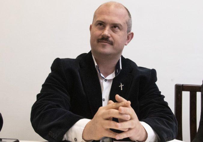 Kotlebu za predsedu výboru na kontrolu vojenského spravodajstva nezvolili ani na siedmykrát