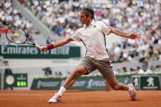 Federer si tento rok už nezahrá, musel podstúpiť ďalšiu operáciu kolena