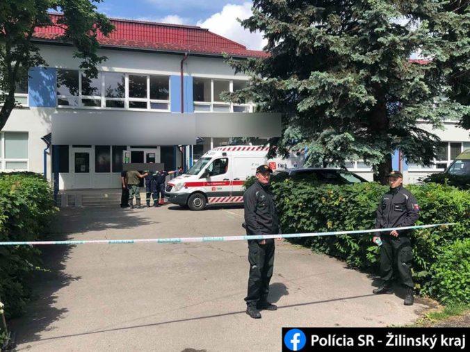 Útok na škole vo Vrútkach neprežila jedna osoba a zranené sú aj deti, policajti páchateľa zastrelili (video+foto)