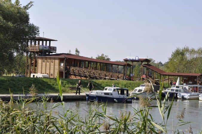 Na Baťovom kanáli otvorili plavebnú sezónu, je to turistický ťahák regiónu
