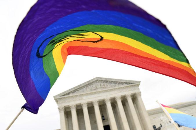 Americký najvyšší súd sa postavil za práva LGBT ľudí a proti ich diskriminácii v zamestnaní