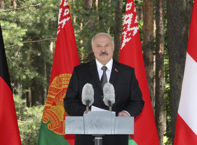 Bieloruské úrady urobili raziu v ruskej banke, ktorú viedol Lukašenkov prezidentský rival