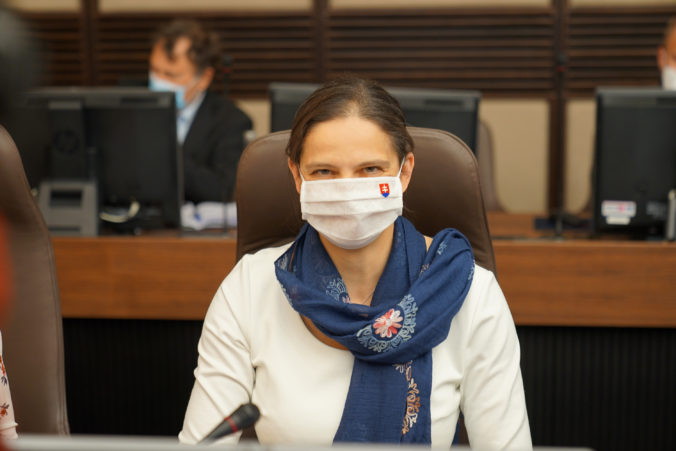 Krištúfkovej nominácia mala byť predmetom koaličných rokovaní, ale Kolíková a Remišová sa zdržali