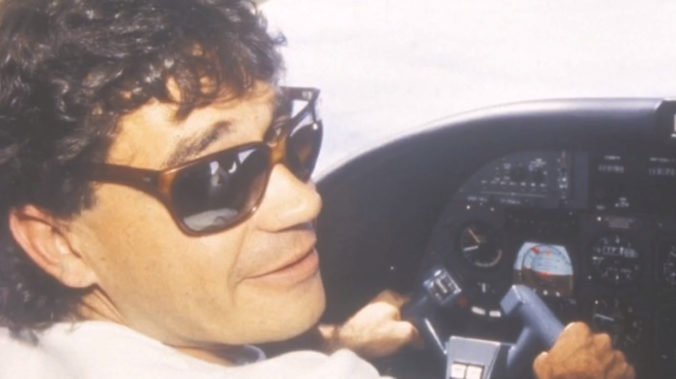 Z amerického väzenia pricestoval do Nemecka Escobarov spoločník Carlos Lehder (video)