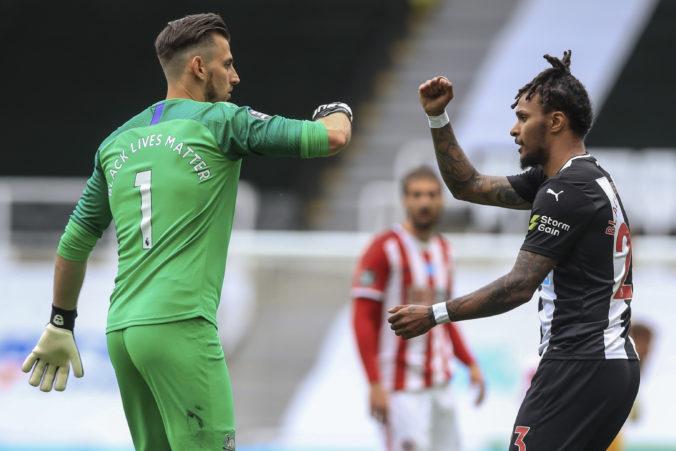 Newcastle zvládol reštart v anglickej Premier League, Dúbravka vychytal čisté konto