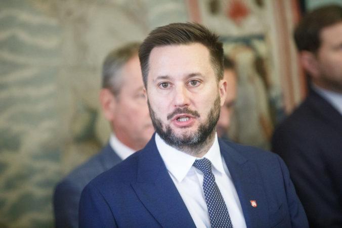 Magistrát Bratislavy prijal opatrenia proti Covid-19, dvaja zamestnanci prišli do kontaktu s nakazeným