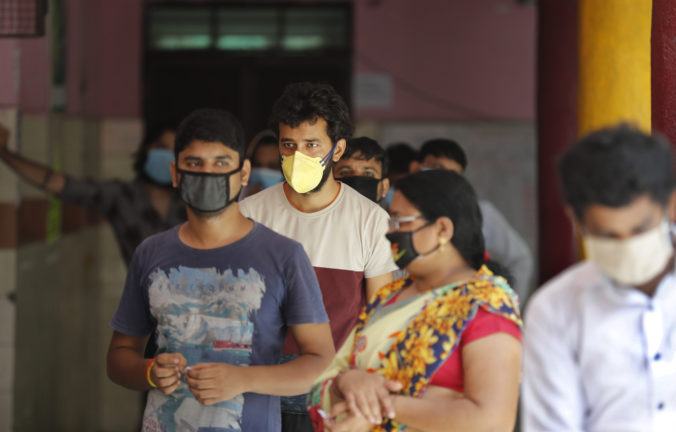 V Naí Dillí sa pripravujú na zdravotný prieskum obyvateľstva, ľudí podozrivých na koronavírus otestujú