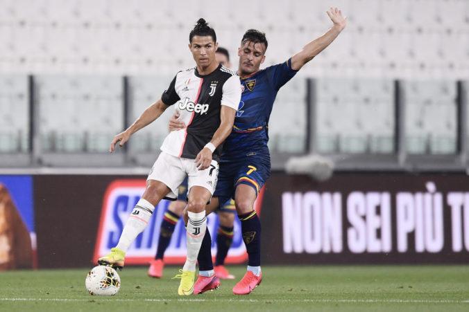 Ronaldo pomohol Juventusu zvíťaziť nad Lecce, klub tak smeruje za rekordným deviatym titulom po sebe