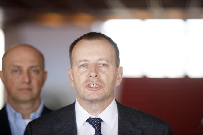 Kollár pripustil odchod z koalície, ak bude musieť pre kauzu diplomovka opustiť post šéfa parlamentu