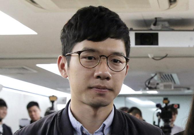 Začína sa krvavá kultúrna revolúcia, vyhlásil prodemokratický aktivista Law a ušiel z Hongkongu