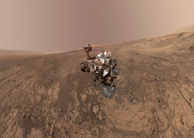 Rover Curiosity začal na Marse letnú misiu, bude hľadať podmienky vhodné pre život