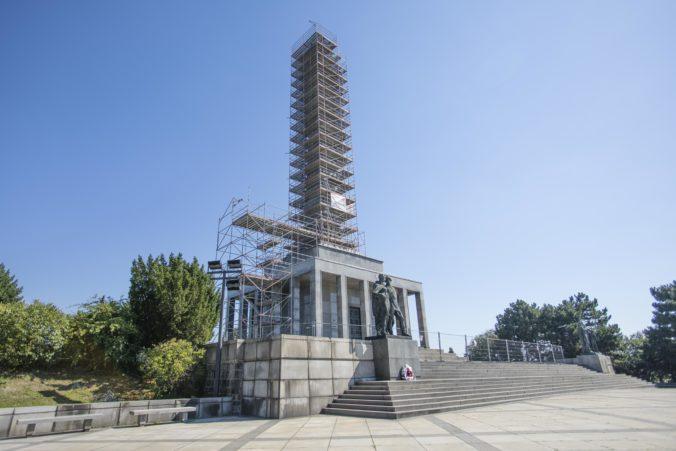 Bratislava začala s rekonštrukciou Slavína, na obnovu finančne prispelo aj ministerstvo vnútra