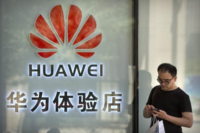 Huawei má v Británii stopku, operátori nebudú môcť pre 5G siete používať jeho zariadenia