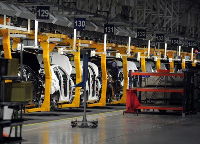 Trnavská automobilka PSA musí riešiť konkurencieschopnosť, možno zruší pravidelnú odstávku