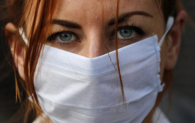 Moravskosliezsky kraj opäť zavádza obmedzenia a pendleri budú musieť absolvovať testy na koronavírus