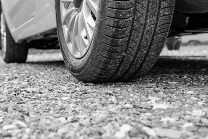Vodič Fordu pri cúvaní zrazil dvojročné dievčatko, neprežilo