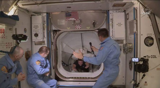 NASA zverejnila dátum návratu vesmírnej lode Crew Dragon