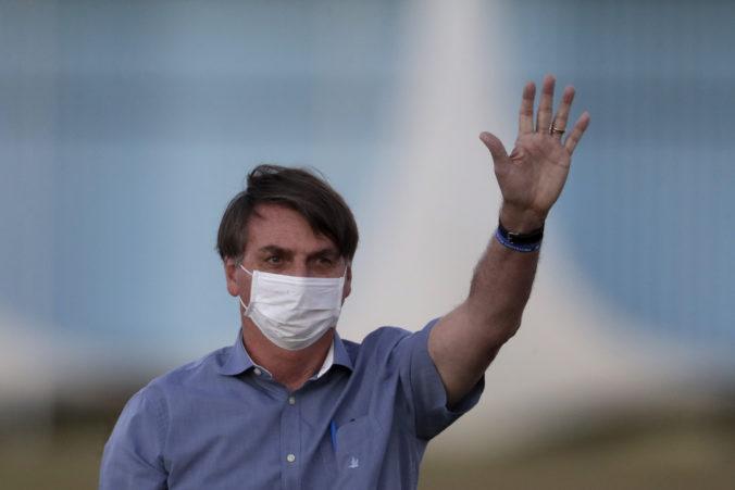 Bolsonaro mal opäť pozitívny test na Covid-19, vláda informovala o jeho zdravotnom stave