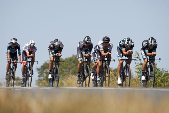 Saganov tím si udržal Schachmanna ešte na štyri roky, zmluvy predĺžili aj ďalší jazdci