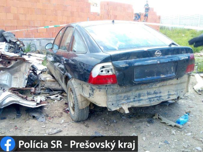 Opitý vodič, ktorý zrazil v Ostrovanoch dve malé deti, už čelí obvineniu z usmrtenia
