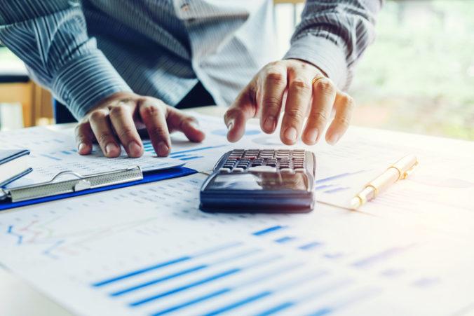 Superodpočet na výskum a vývoj si firmy za minulý rok zatiaľ uplatnili v sume 40 miliónov eur