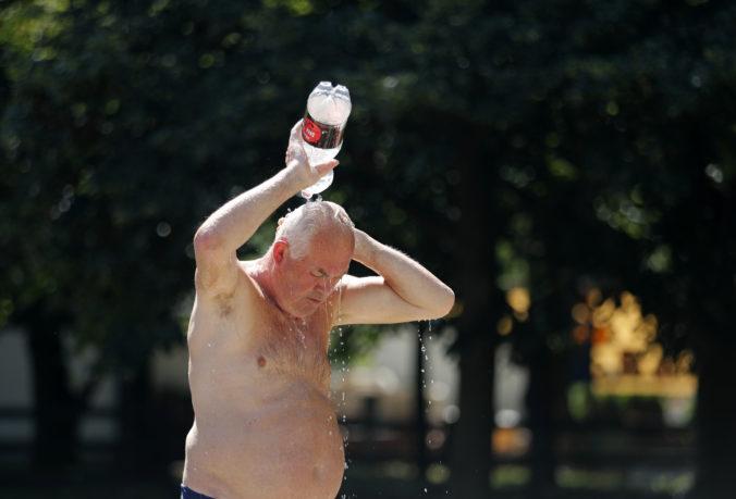 Letné horúčavy privodili kolaps viac ako 200 Slovákom, záchranári mali najviac práce na východe