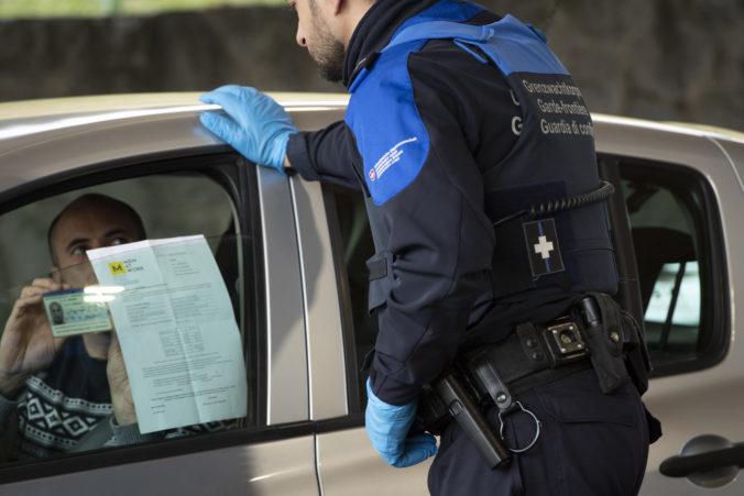 Slováci môžu do Švajčiarska cestovať bez obmedzení ako pred pandémiou, informuje ministerstvo