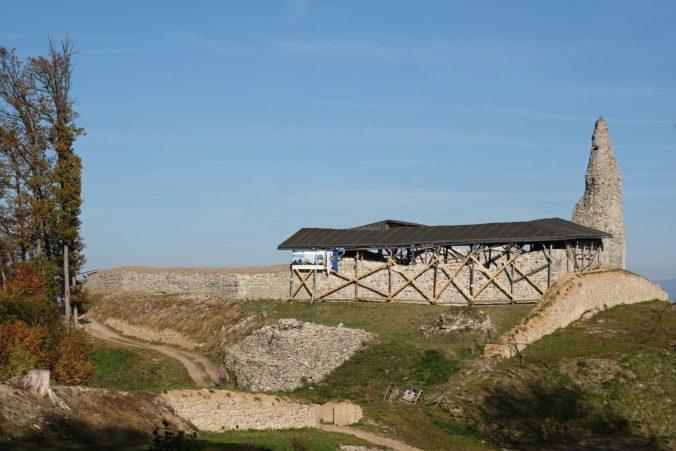 Na Pustom hrade vo Zvolene vykonávajú aktuálne najväčší archeologický výskum na Slovensku