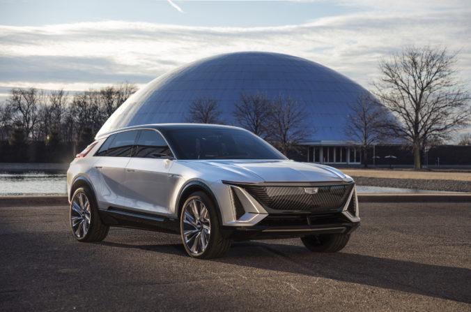 Cadillac šľape Tesle na päty, chce skonštruovať nové elektrické SUV s ešte lepšími funkciami